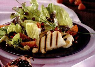 Salată dulce-acrisoară cu carne de rată