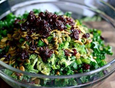 Salata_de_broccoli_cu_varza_de_bruxelles_04