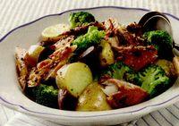 Salata de cartofi cu macrou afumat