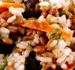 Salata de orez cu ardei si ton