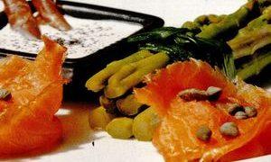 http://www.restaurantedelux.ro/wp-content/uploads/2016/03/Sparanghel_cu_somon_fume.jpg