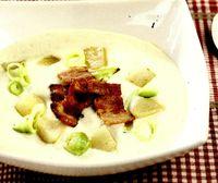 Supa-crema de telina, cu pere si costita afumata