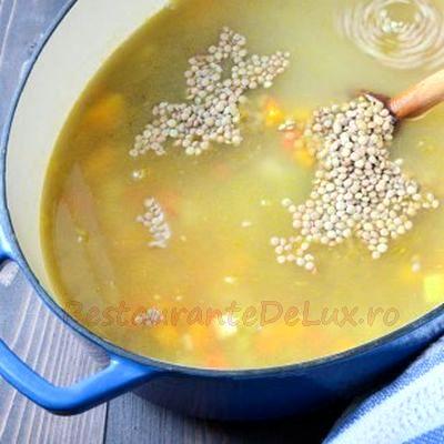 Supa de linte cu cimbru si usturoi