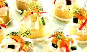Tarte_de_cartofi_cu_caviar_rosu