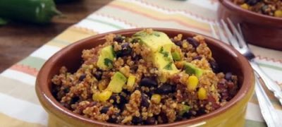 How to Make One Skillet Mexican Quinoa