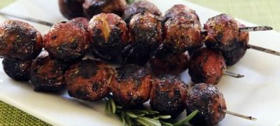 How to Make Skewered Grilled Potatoes
