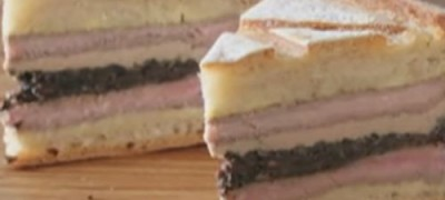 How_to_make_Pressed_Steak_and_Mushroom_Sandwich