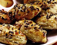 Pateuri cu ciuperci si muguri de pin