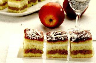 Prăjitură cu mere sferturi