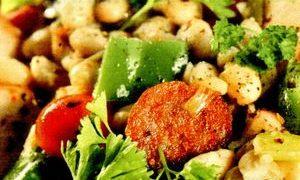 Salata de fasole, mazare si paste orzo