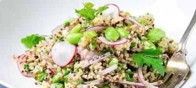 Salata de boabe de quinoa