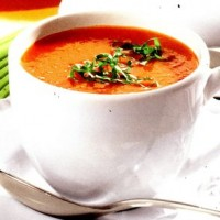 Supa de rosii cu bulgur si chili