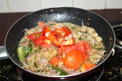 Tocanita_de_miel_cu_rosii_si_curry_05