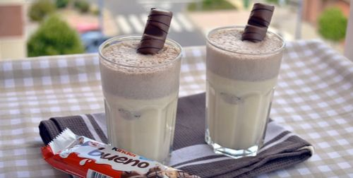 How to Make Kinder Bueno Milkshake