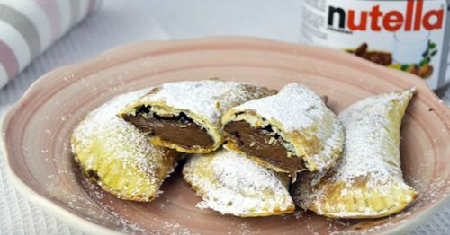 How to Make Nutella & Banana Empanadas