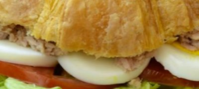 How_to_make_Egg_Salad_on_Croissant