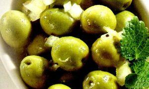 Salata de masline cu gogosari