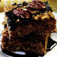 Prajitura_cu_mere_si_sos_de_cacao