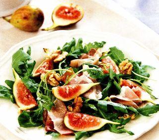 Salata cu rucola si piersici