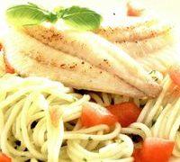 spaghete cu pesto si file de peste