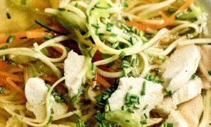 Supa_de_pui_cu_fidea_si_legume