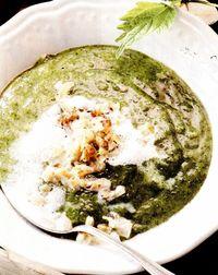 Supa de urzici si cartofi