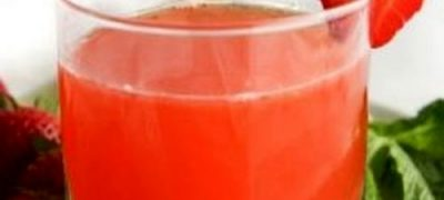 Cum se prepara Cocktail cu capsuni