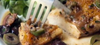 How to Make Chicken Breasts Braised with Olives