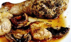 Pui cu ciuperci uscate si usturoi