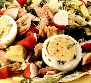 Salata de oua cu stafide