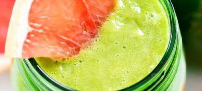 Smoothie de ananas cu avocado