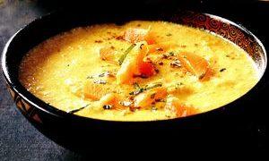 Supa cu lapte de cocos si pui