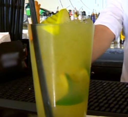 Cum se prepara Cocktail Swedish Pinch