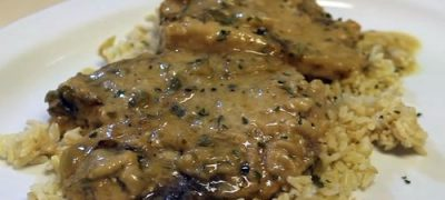 How to Make Slow Cooker Smothered Pork Chops and Gravy