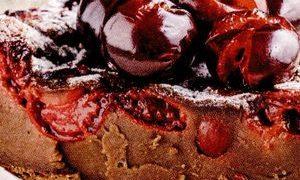 Prăjitură cu cireşe