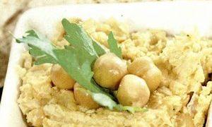Salata de naut cu seminte de susan