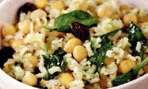 Salată de orez, mazare si porumb