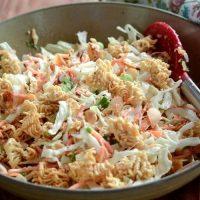 Salata de varza (alba, rosie sau in combitatie)