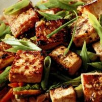 Tofu iute sotat