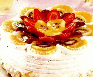 Tort cu fructe asortate