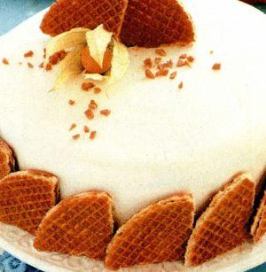 Tort glazurat umplut cu crema de mandarine