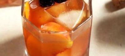 Cum se prepara Cocktail Rusty Nail