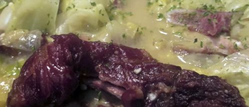 How to Make Cabbage and Smoked Pork Neck Bones