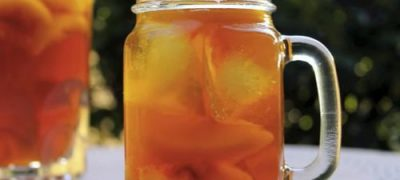 How to Make Sweet Peach Iced Tea