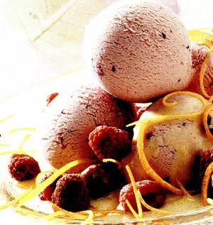 Ingheţată cu iaurt si fructe