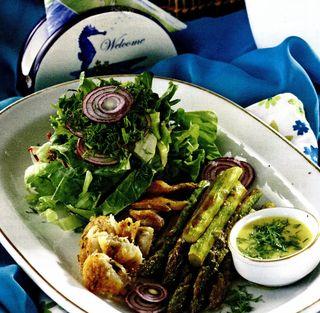 Salata cu pastrav si sparanghel