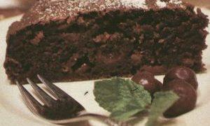 Tort_cu_morcovi_si_visine