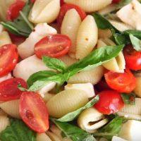 Salată cu branză telemea si măsline