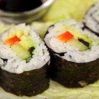Sushi clasic cu somon