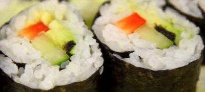 Sushi simplu cu somon